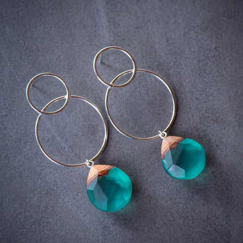 EMERALD EMBRACE EARRINGS