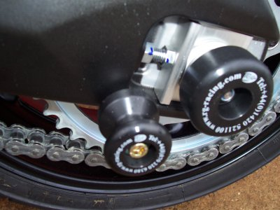 R&G Racing Axle Sliders (Pair) '10-'12 Yamaha FZ8, '06-'12 FZ1 / Fazer 1000