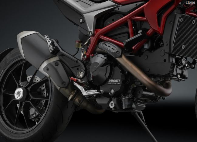 Rizoma Rear Hub Cover Protection For 2013 Ducati Hypermotard / Hyperstrada