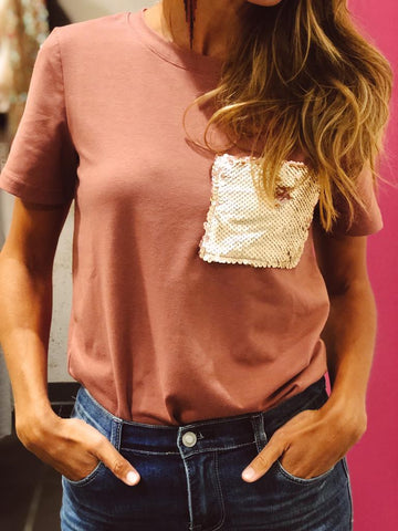 T-shirt With Sequin Pocket