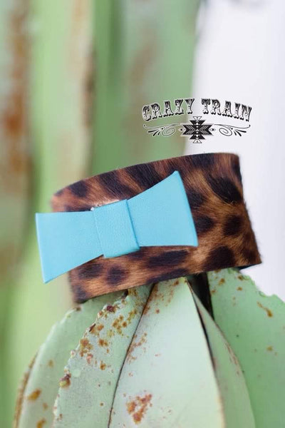 CT-Leopard bow cuff