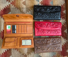Load image into Gallery viewer, Floral Tooled Leather Wallet