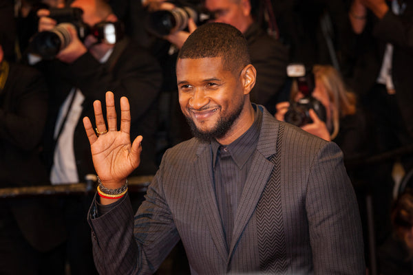 Usher's Home Robbed of $820K Bling and Cash