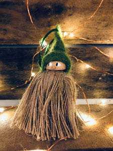 Tomte Ornament: Green