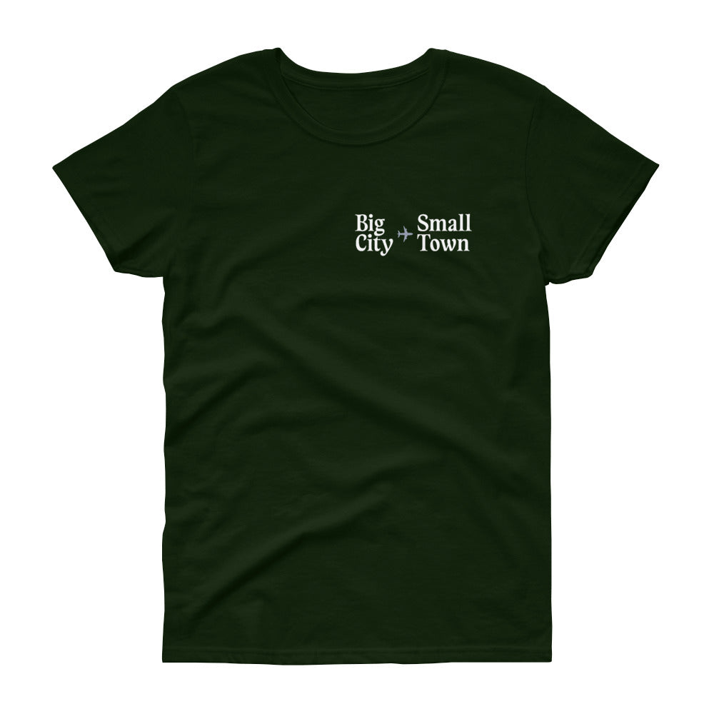 Holiday Trope – Big City to Small Town Fitted T-Shirt