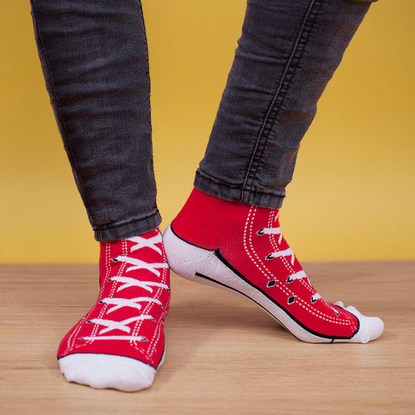 7 unique christmas gift ideas for a boyfriend-Sneaker Socks - Red-BeUnique.co