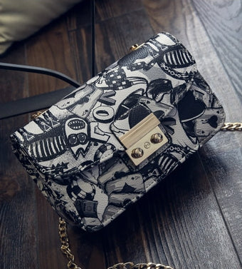 Love Graffiti Handbag - KayZ Pro
