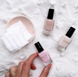 LUST LIST: NON-TOXIC NAIL POLISHES TO TRY ASAP
