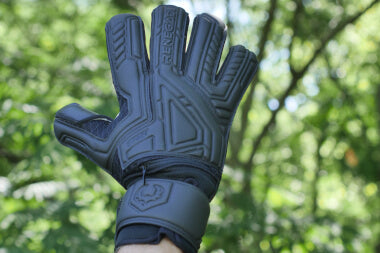 Renegade GK Fury Nightfall Gloves Backhand 2
