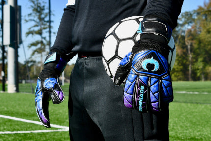 Goalkeeper wearing Vortex Storm holding the Ball with 1 hand