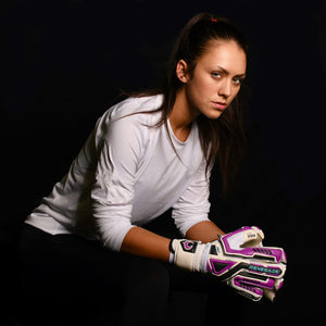 female goalkeeper wearing fury uv2 keeper gloves