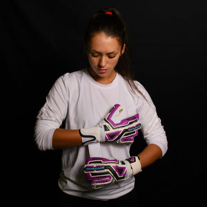 female goalkeeper wearing fury uv2 gk gloves