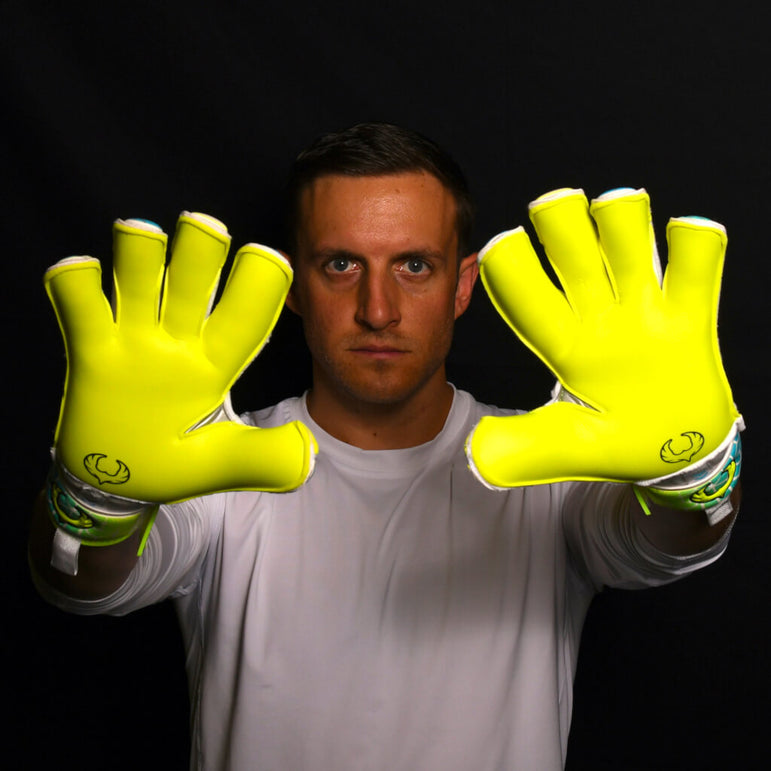 male goalkeeper wearing vortex wraith showing palm