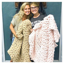 12/23/2019 (11:00am)  Cozy Knit Blanket Workshop  (Atlantic Beach)