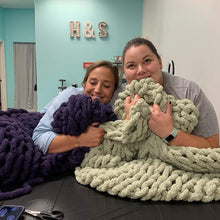 11/19/2019 (6:00pm)  Cozy Knit Blanket Workshop  (Atlantic Beach)