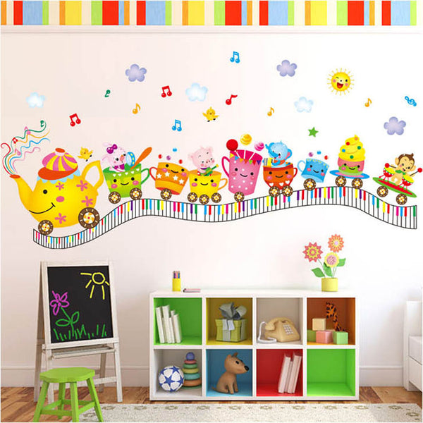 Train cartoon traveling on the notes track of the cup animal train decorative wall sticker