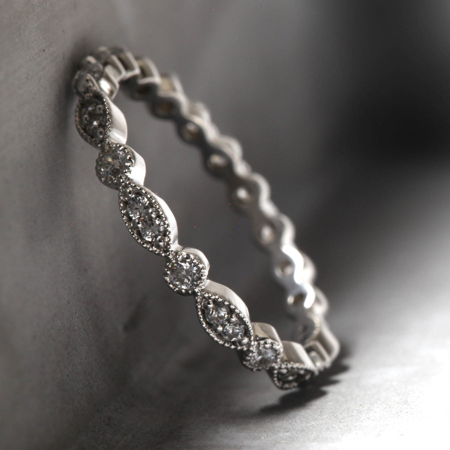 EMILY RING - WHITE GOLD WITH WHITE DIAMONDS