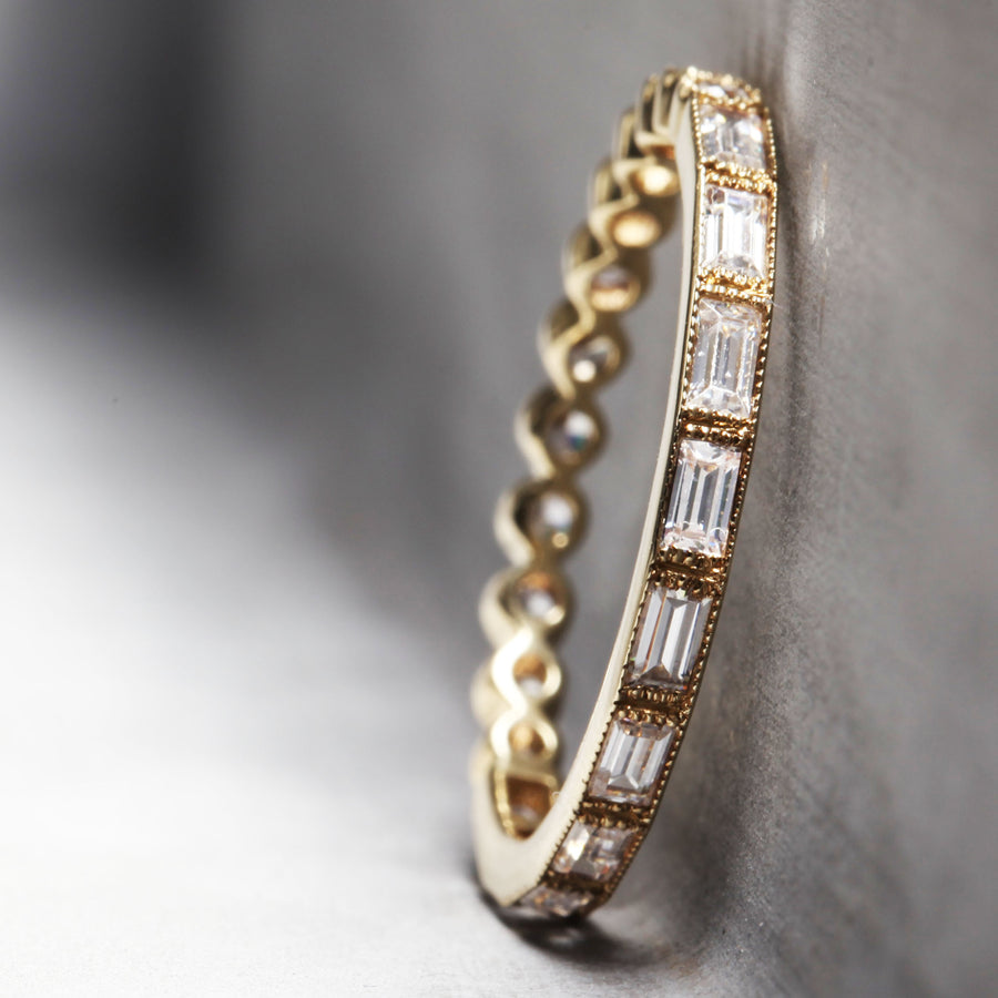 SOPHIA RING - YELLOW GOLD WITH WHITE DIAMONDS