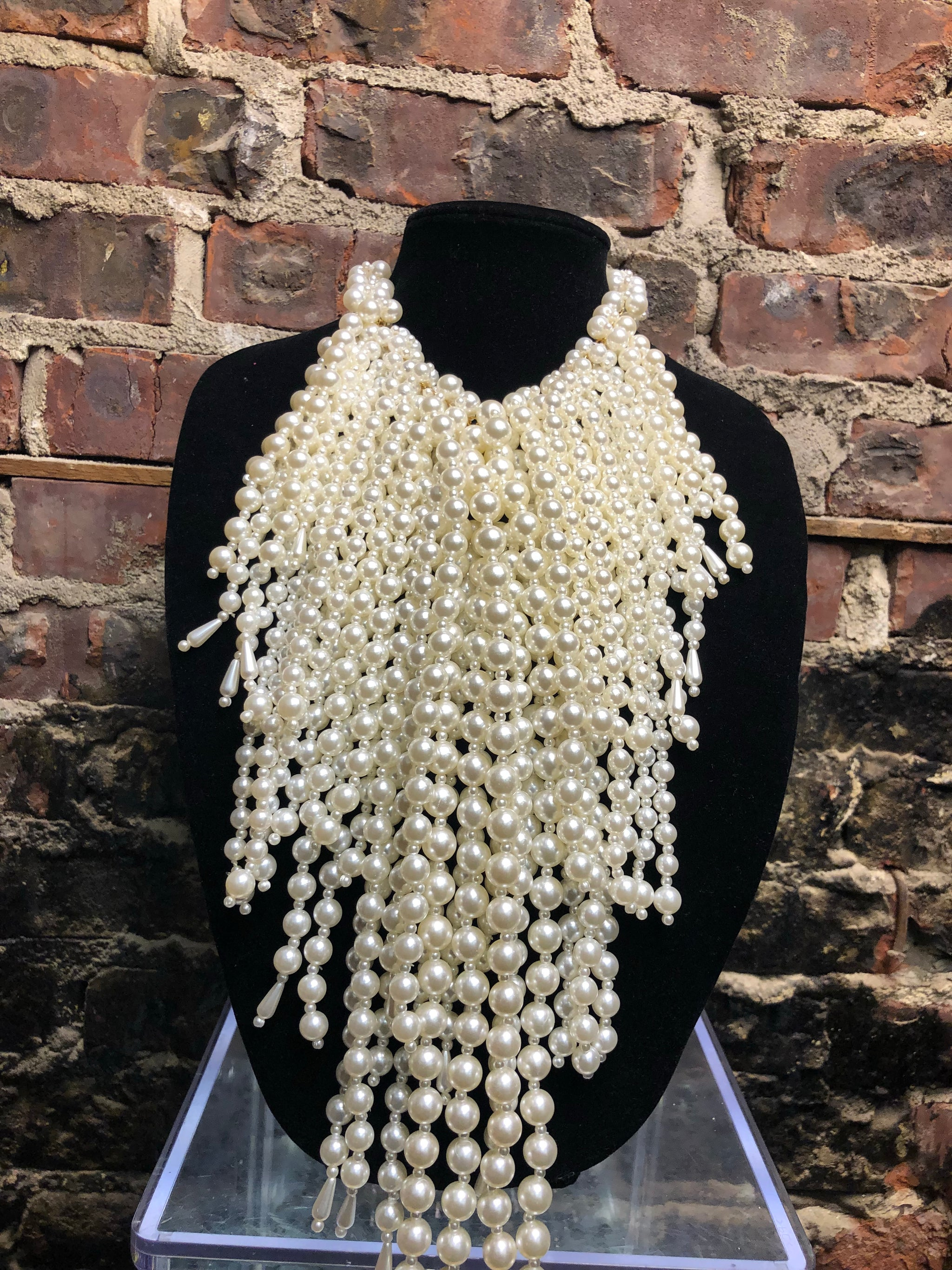 Pearl Cascade Necklace-cream