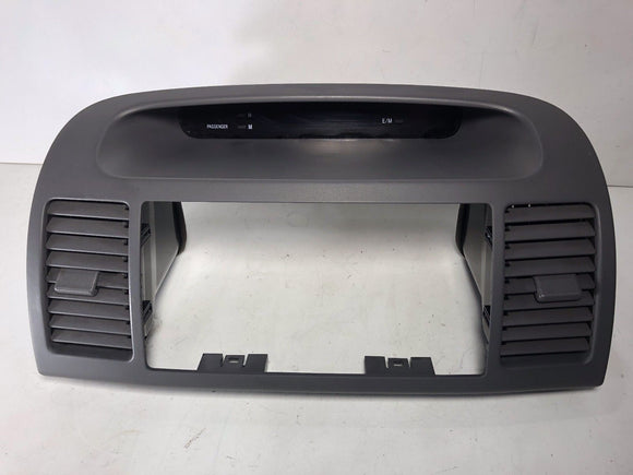 2002 -2006 Toyota Camry dash Center A/C Air Vent digital Clock Radio Bezel GREY