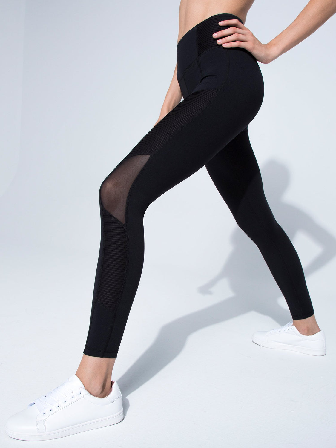 PLEATED PANTS, BLACK/BLACK MESH