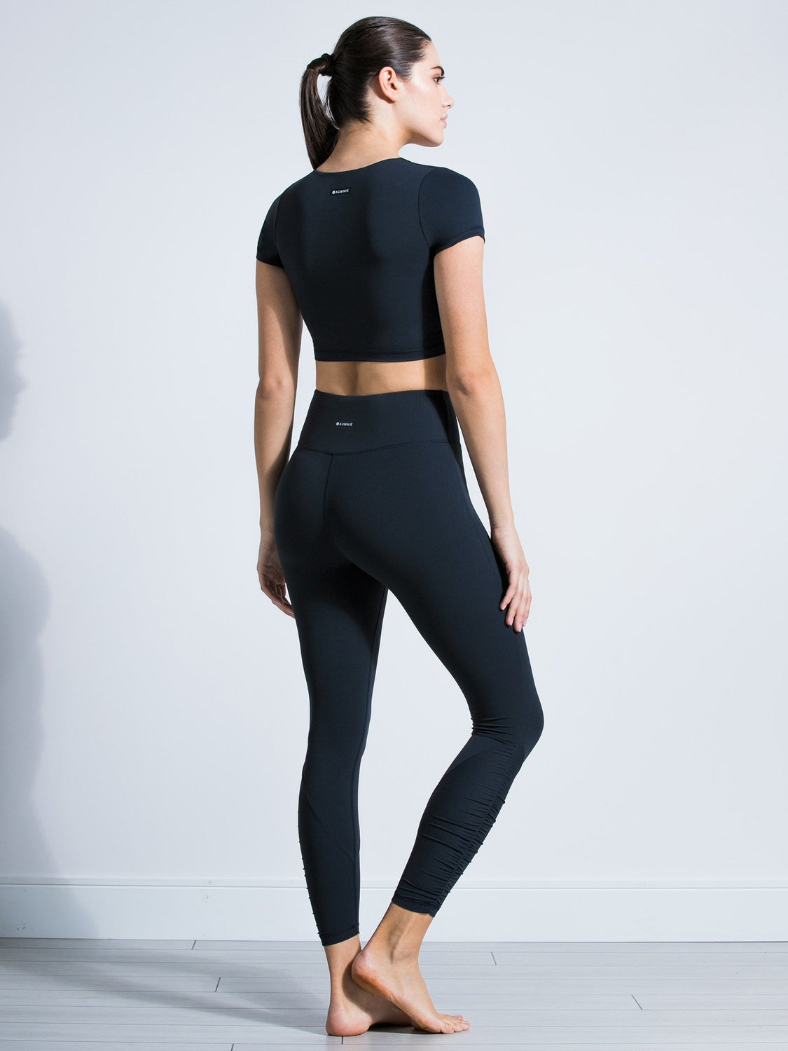 RUCHED NUDE TEE, MIDNIGHT GREY