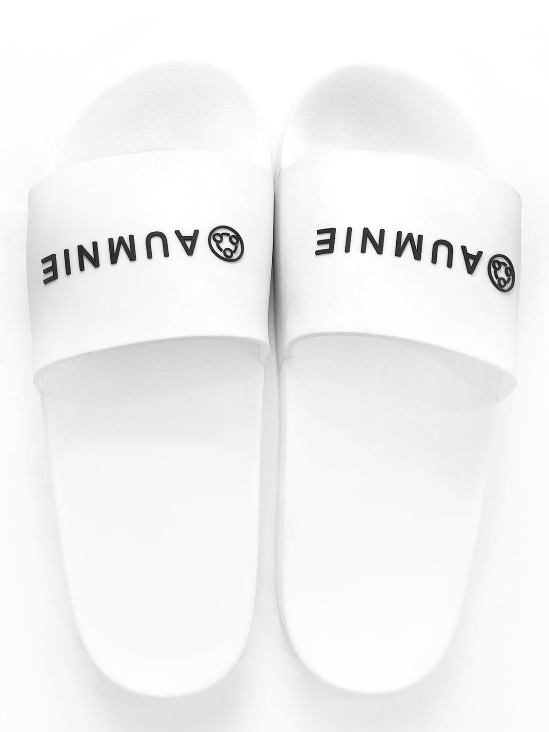 AUMNIE LOGO SLIDE SANDALS, WHITE