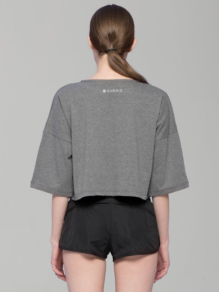 BE DIFFERENT OVERSIZED CROPPED TEE, GREY