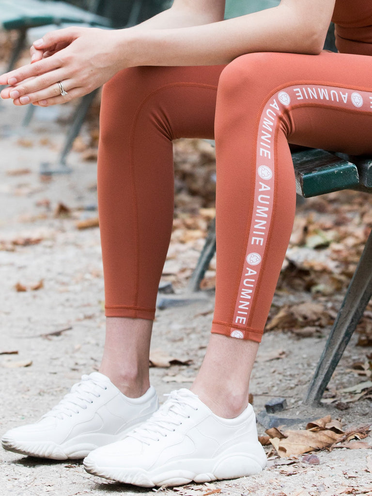 LOGO PANTS, MAPLE