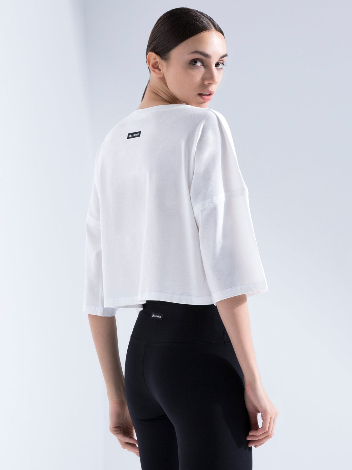 HB OVERSIZED CROPPED T-SHIRT, WHITE