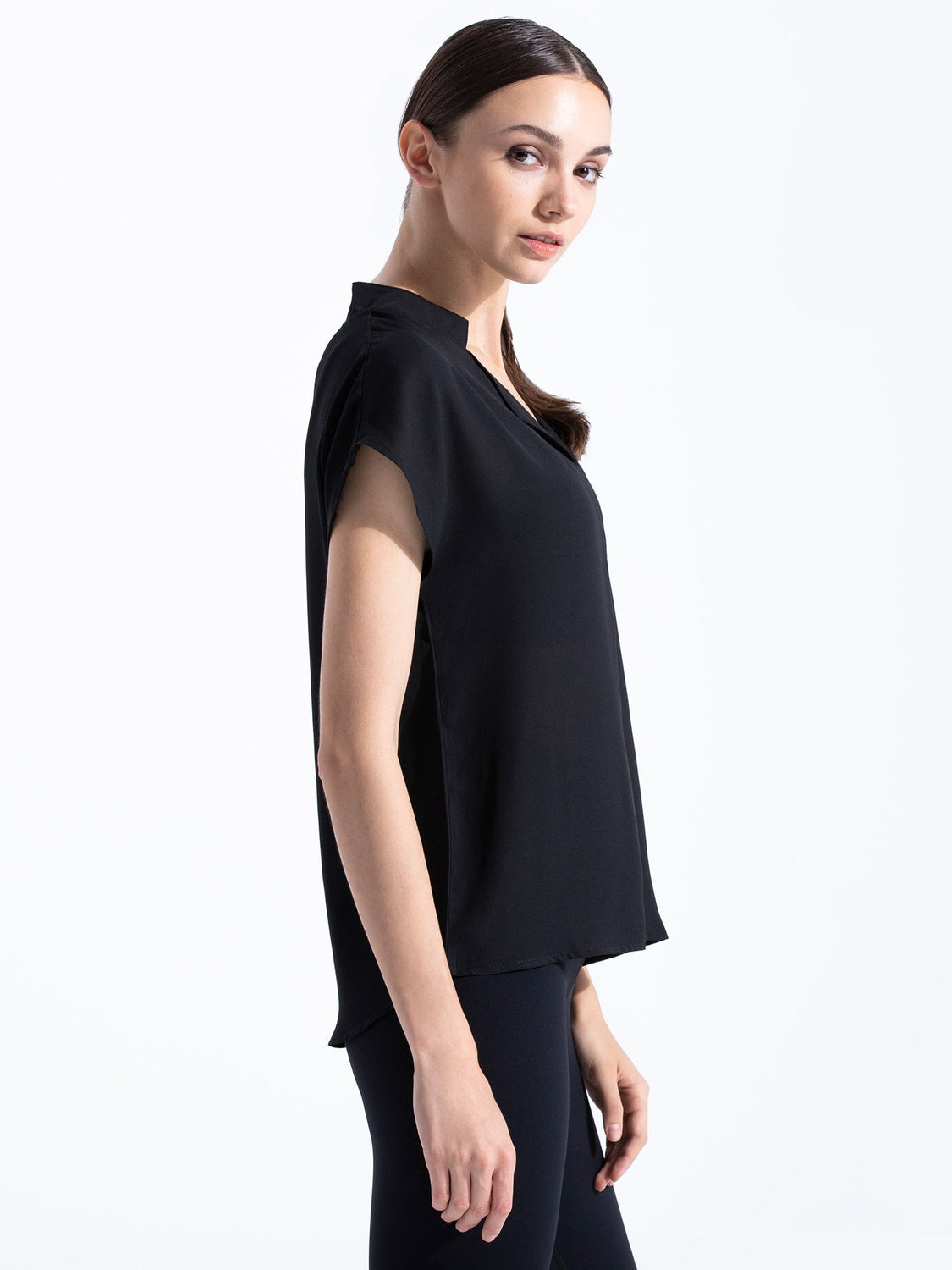 V NECK CHIFFON TOP