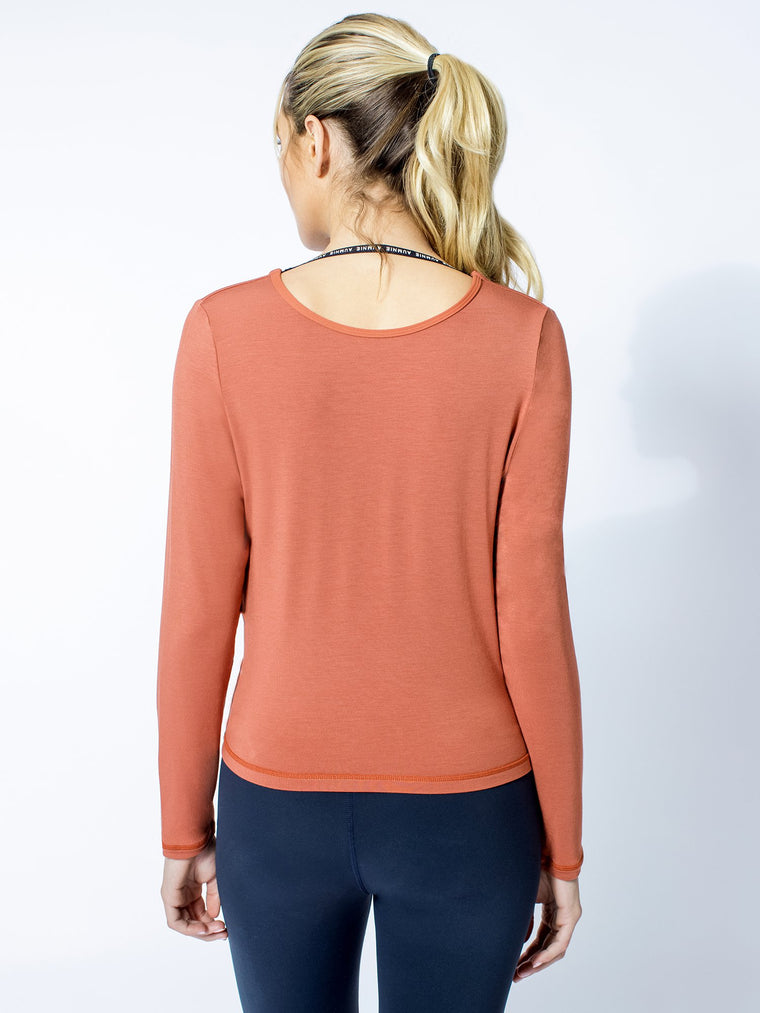 LONG SLEEVE TWIST TEE, CLAY