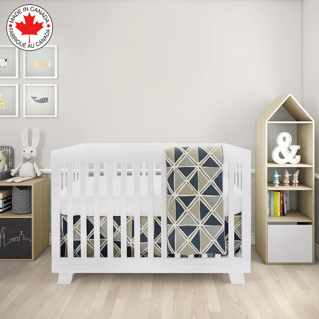 BEBELELO- 4 PIECE BEDDING FOR GRAY AND BEIGE BABY WITH A PATTERN OF TRIANGLES - # 631