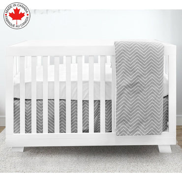 BEBELELO - 4 PIECE BABY BEDDING - GRAY BACKGROUND AND WHITE ZIGZAG # 490