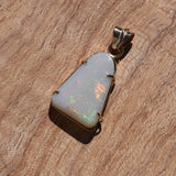OPAL PENDANT in 18ct Gold Setting
