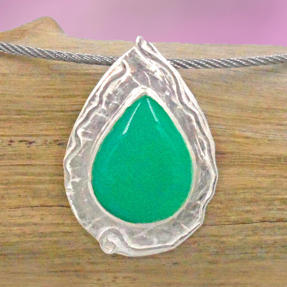 TEAR DROP CHRYSOPRASE set in Argentium Silver Pendant