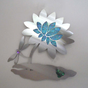 METAL & GLASS WATERLILY WALL HANGING