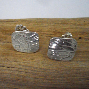 ARGENTIUM SILVER Stud Earring cast with Seaweed Pattern