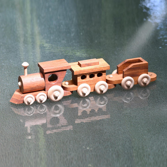 WOODEN TOY TRAIN - ENGINE & 2 CARRIAGES
