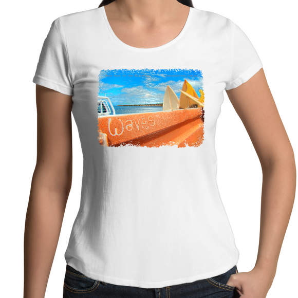 WAVES - Womens Scoop Neck Souvenir T-Shirt