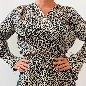 BLUSA GRACIA SATIN LEOPARDO..