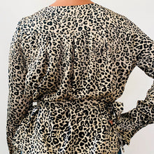 BLUSA GRACIA SATIN LEOPARDO @