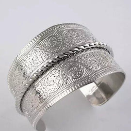 SURFINA Surf The Waves Silver Cuff Bracelet