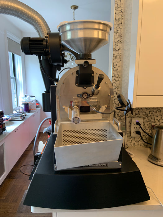 2.4 kilo: Coffee Tech FZ94 Pro Lab Roaster