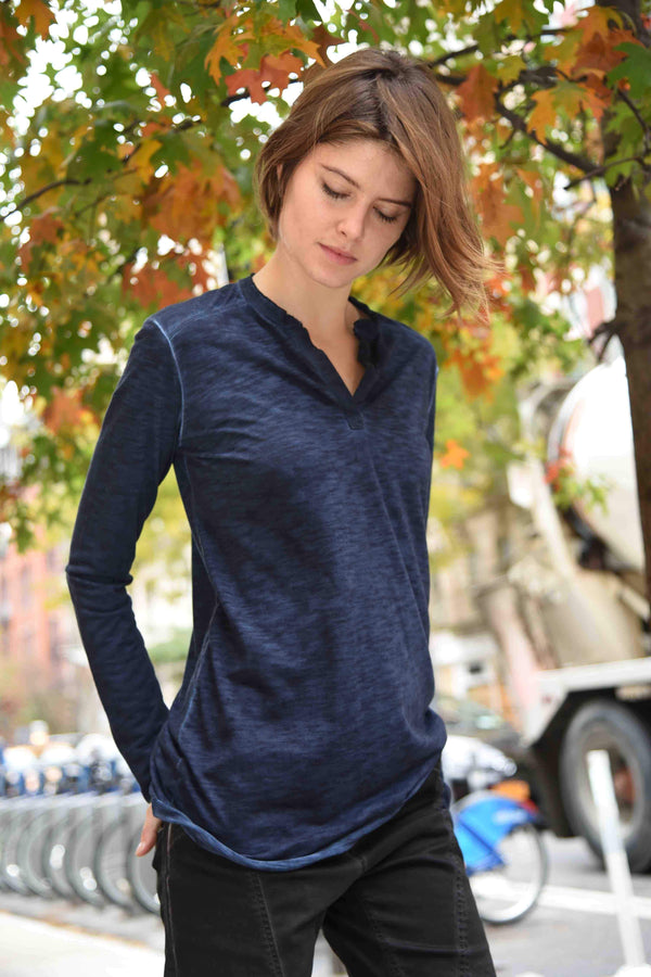 Henley Tops The Eight Senses® Dark Indigo S