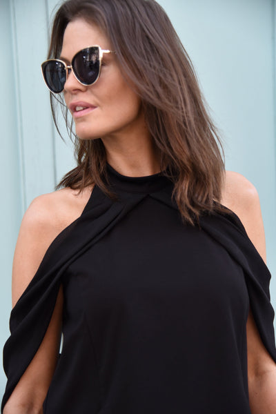 Graceful Sleeveless Tops The Eight Senses®
