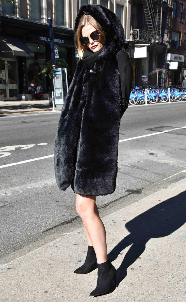 Faux Fur Cool Hoodie Scarf With Pockets The Eight Senses Soho Shopping