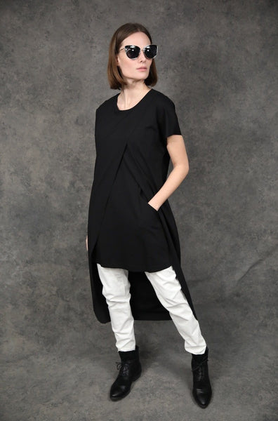 Layered T Tops The Eight Senses® Black XS