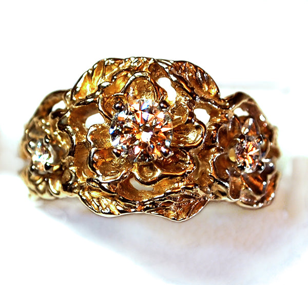 """Three Flower"" ladies ring"