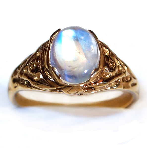 Ladies Moonstone Antique style ring